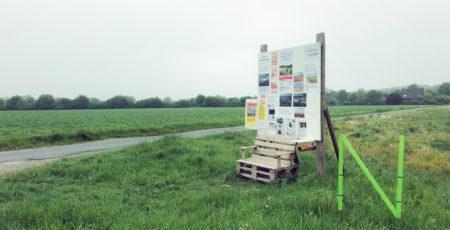 Blick aufs Wickrather Feld und den Protest